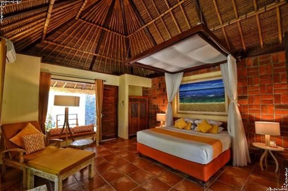 https://i.travelapi.com/hotels/5000000/4210000/4200700/4200679/0985162b_z.jpg