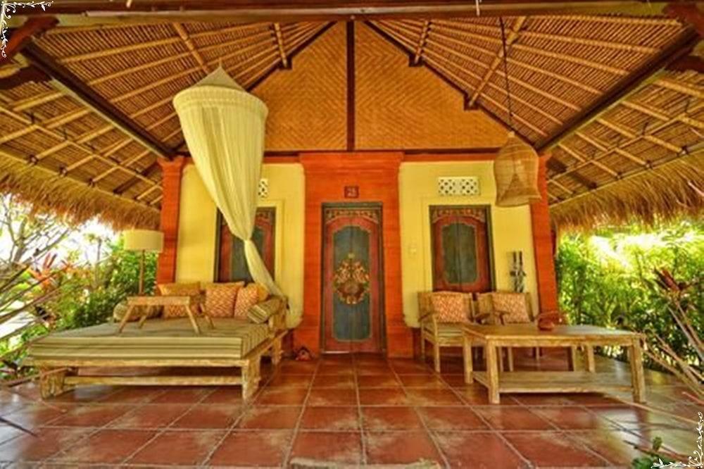 https://i.travelapi.com/hotels/5000000/4210000/4200700/4200679/0cad5286_z.jpg