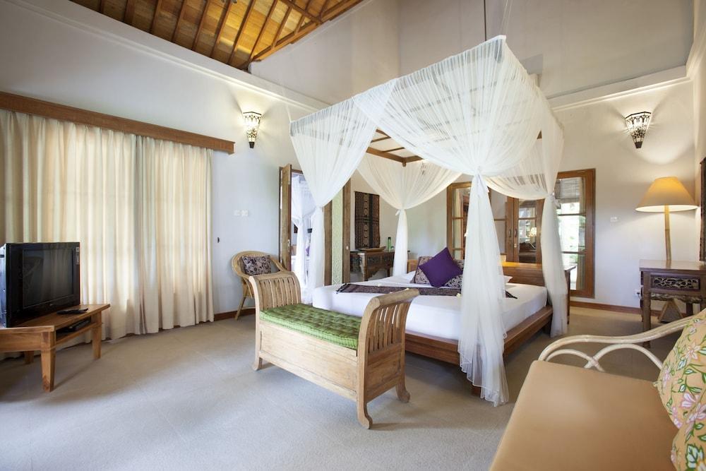 https://i.travelapi.com/hotels/5000000/4210000/4200700/4200679/3e5dc872_z.jpg
