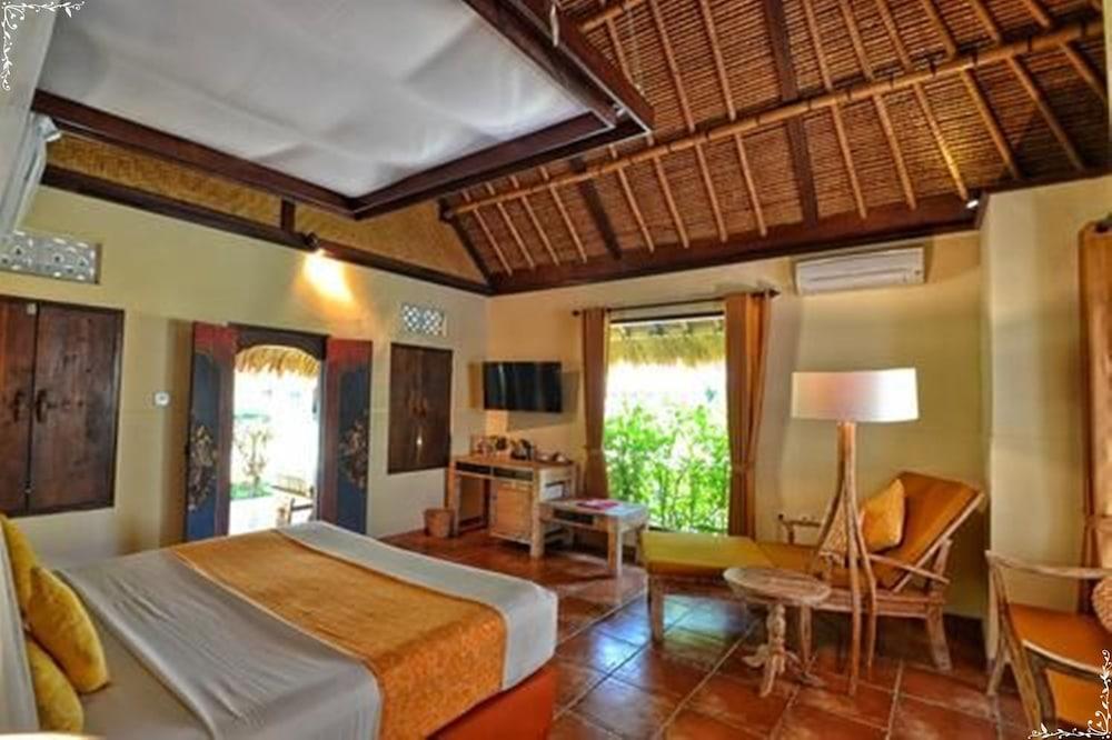 https://i.travelapi.com/hotels/5000000/4210000/4200700/4200679/b2c9e31c_z.jpg
