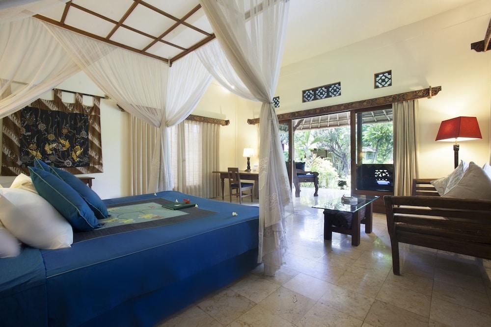 https://i.travelapi.com/hotels/5000000/4210000/4200700/4200679/e7af8167_z.jpg