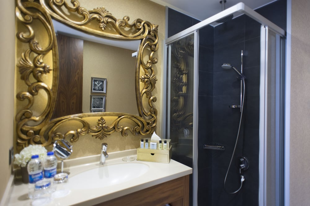 스토리스 호텔 쿰바라치(Stories Hotel Kumbaraci) Hotel Image 36 - Bathroom