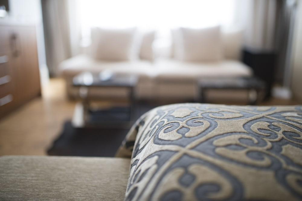 스토리스 호텔 쿰바라치(Stories Hotel Kumbaraci) Hotel Image 18 - Living Area