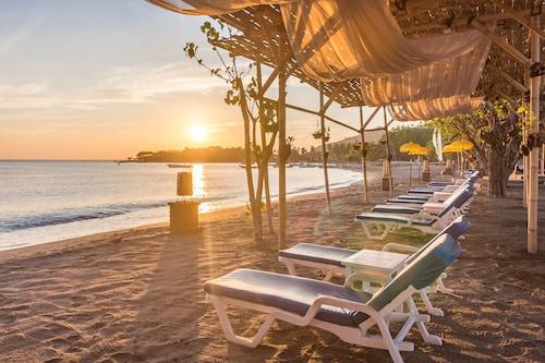 . Amertha Bali Villas Beach Front Resort and Spa