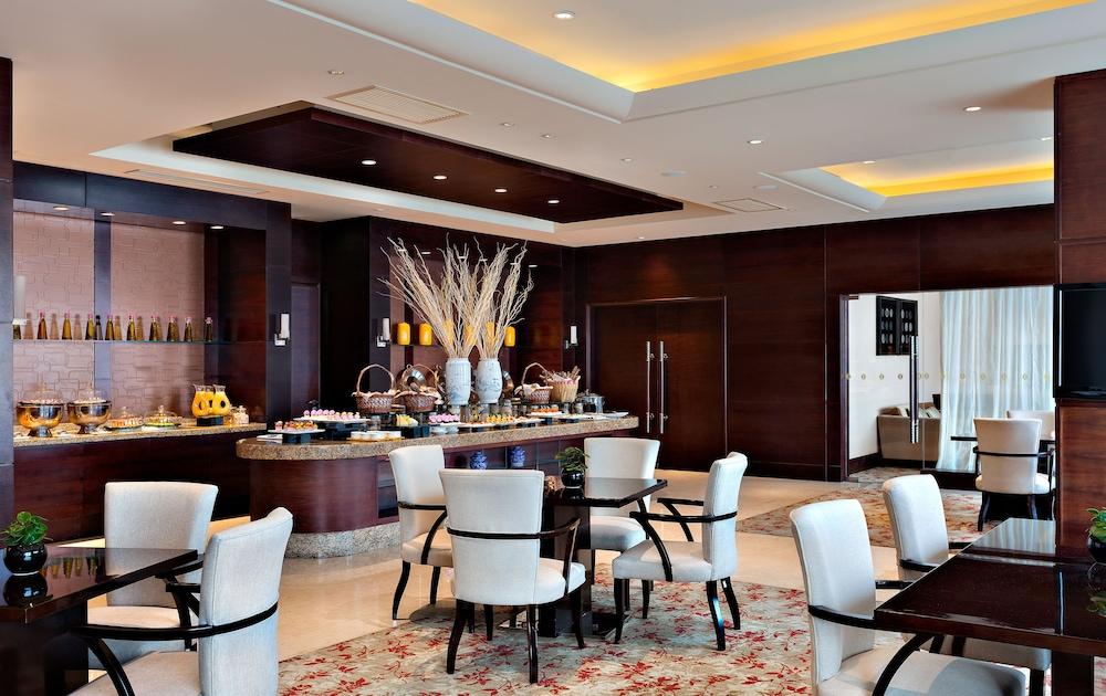 인터컨티넨탈 우시(Intercontinental Wuxi) Hotel Image 16 - Breakfast Area