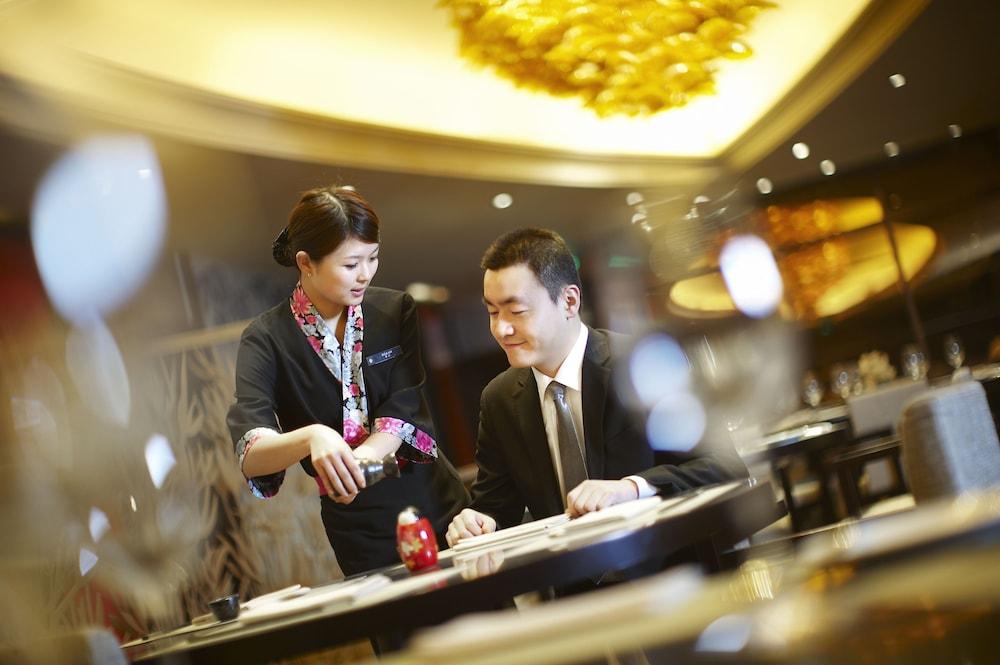 인터컨티넨탈 우시(Intercontinental Wuxi) Hotel Image 26 - Restaurant