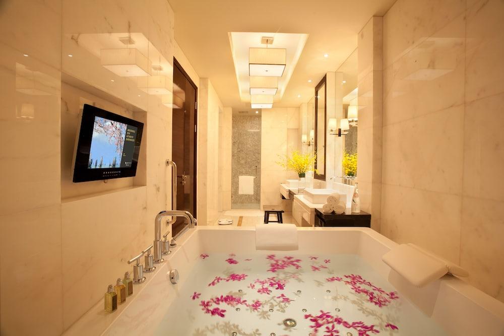 인터컨티넨탈 우시(Intercontinental Wuxi) Hotel Image 13 - In-Room Amenity