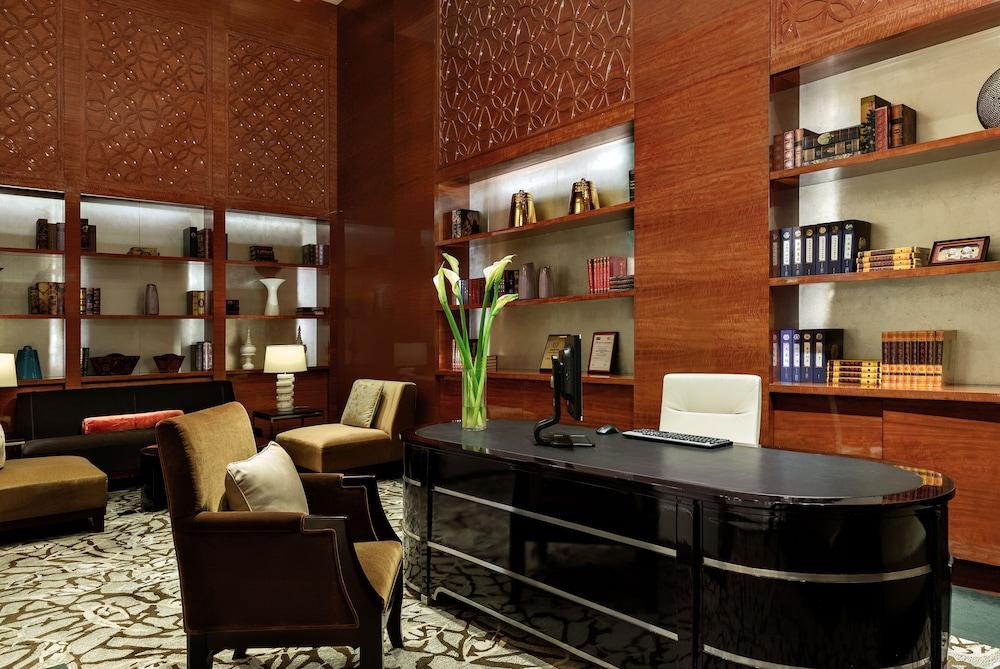 인터컨티넨탈 우시(Intercontinental Wuxi) Hotel Image 2 - Lobby
