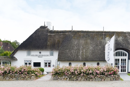 . Relais & Châteaux Landhaus Stricker.