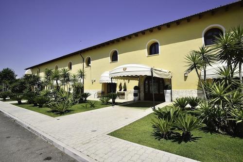 __{offers.Best_flights}__ Tenuta San Francesco