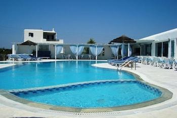 기안노우라키 빌리지 호텔(Giannoulaki Hotel) Hotel Image 19 - Outdoor Pool
