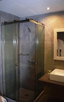 기안노우라키 빌리지 호텔(Giannoulaki Hotel) Hotel Image 17 - Bathroom
