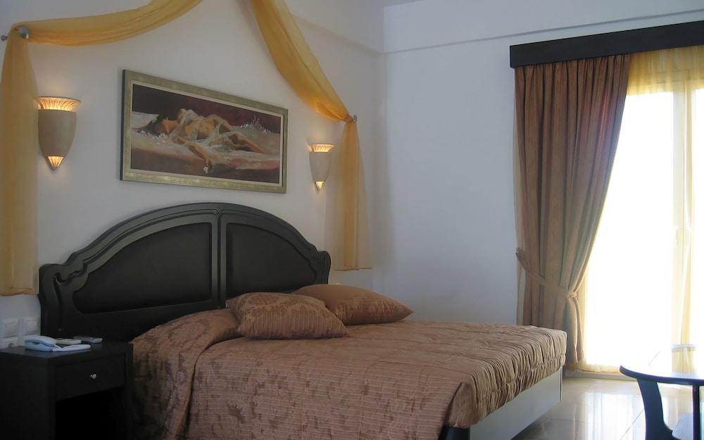 기안노우라키 빌리지 호텔(Giannoulaki Hotel) Hotel Image 12 - Guestroom
