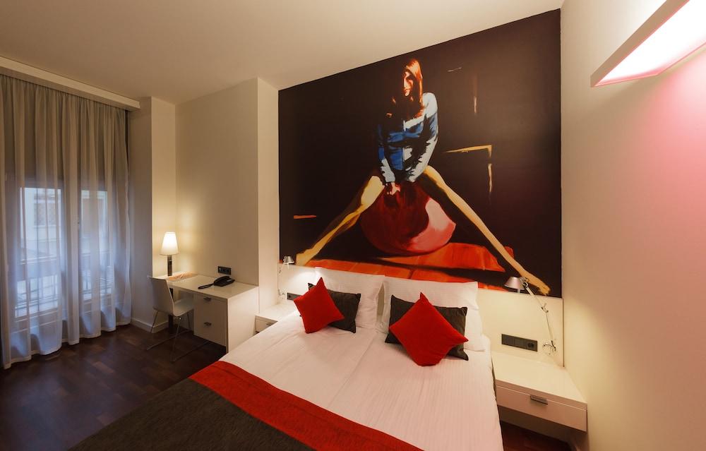 보헴 아트 호텔(Bohem Art Hotel) Hotel Image 8 - Guestroom