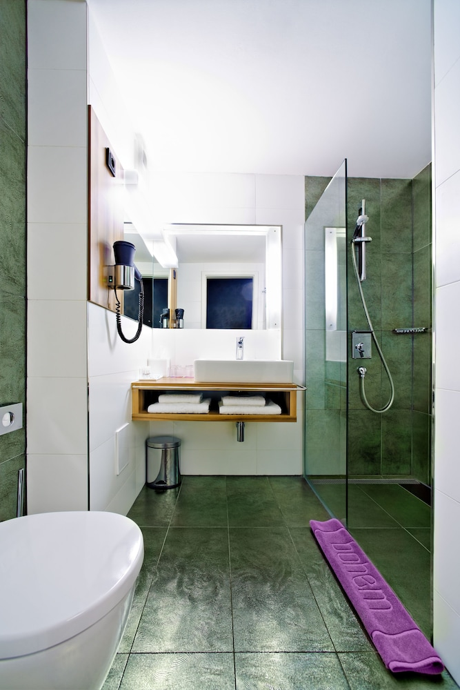 보헴 아트 호텔(Bohem Art Hotel) Hotel Image 25 - Bathroom