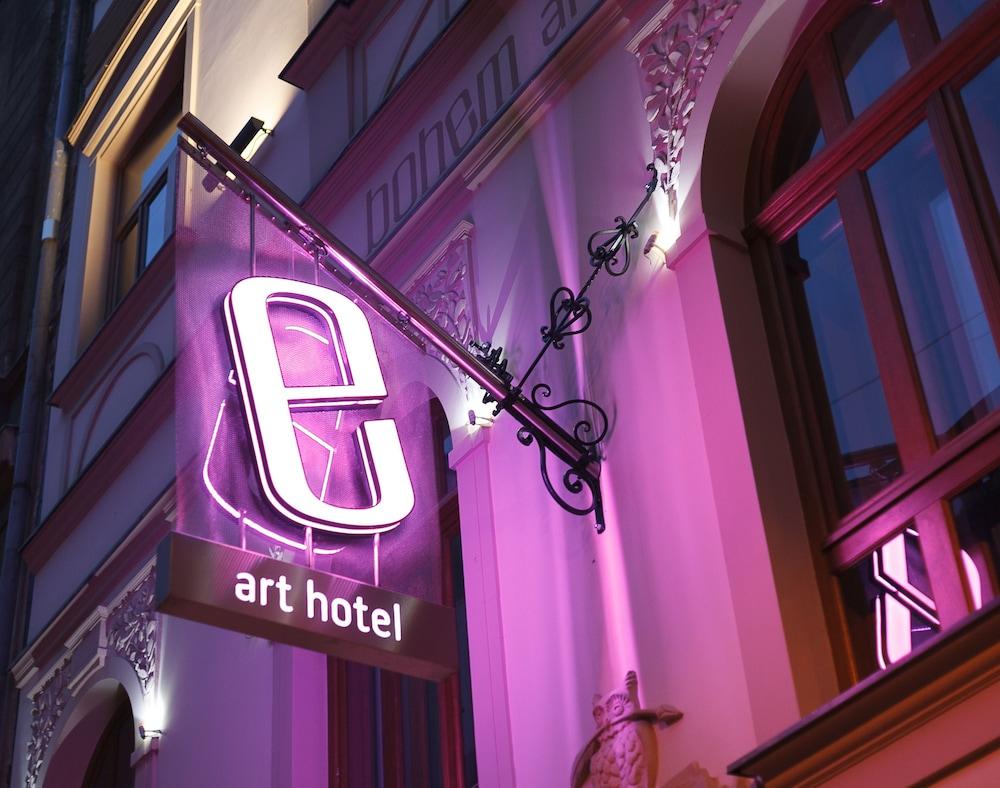 보헴 아트 호텔(Bohem Art Hotel) Hotel Image 46 - Exterior detail