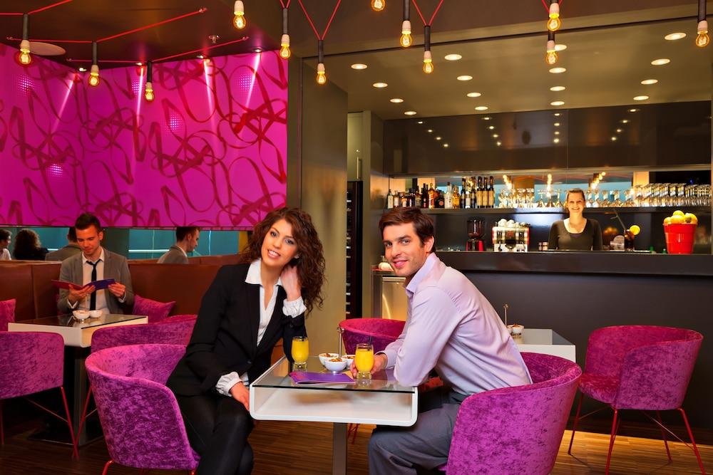 보헴 아트 호텔(Bohem Art Hotel) Hotel Image 38 - Hotel Bar
