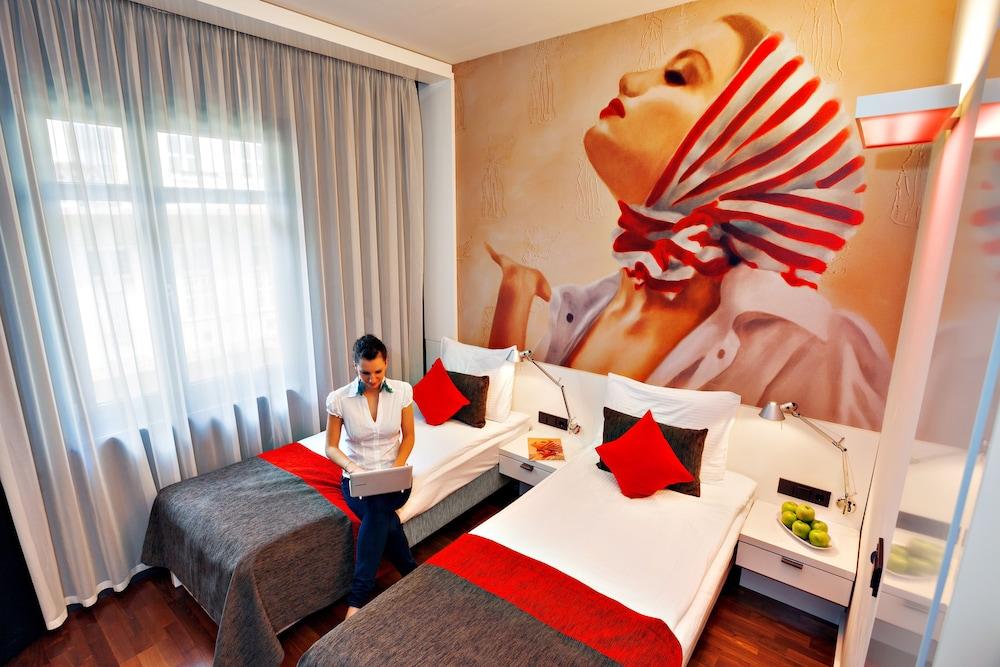 보헴 아트 호텔(Bohem Art Hotel) Hotel Image 17 - Guestroom