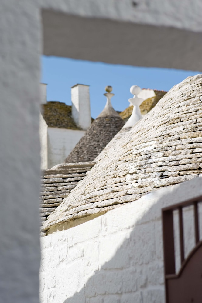 르 알코브 럭셔리 리조트 네이 트룰리(Le Alcove Luxury Resort nei Trulli) Hotel Image 0 - Featured Image