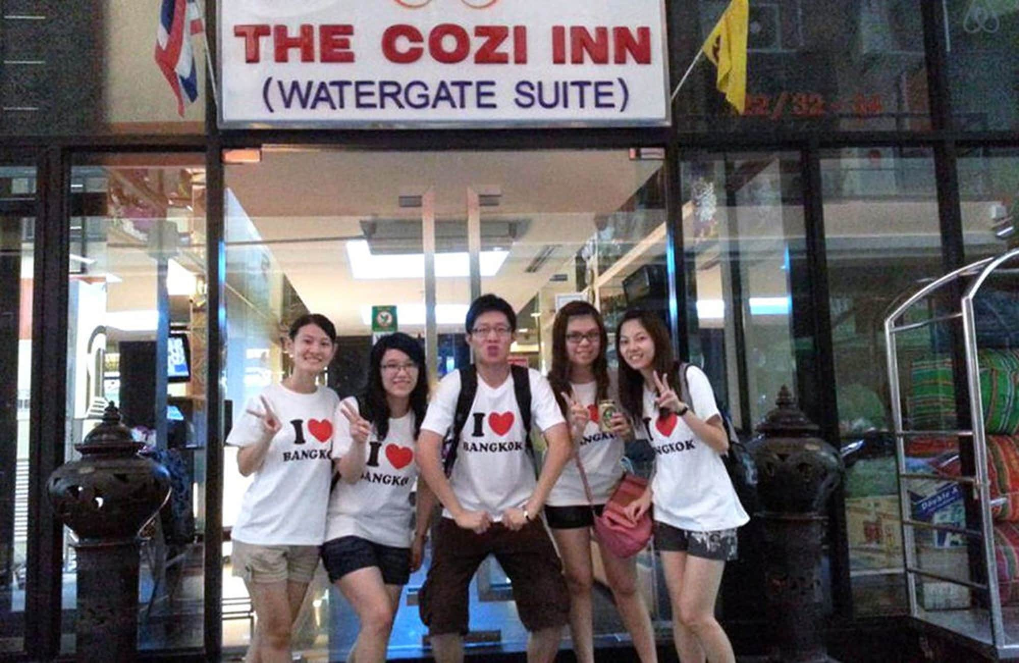 The Cozi Inn, Ratchathewi
