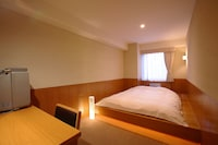 Double Room, Non Smoking (2 Japanese Futons)