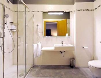 호텔 M14(Hotel M14) Hotel Image 11 - Bathroom