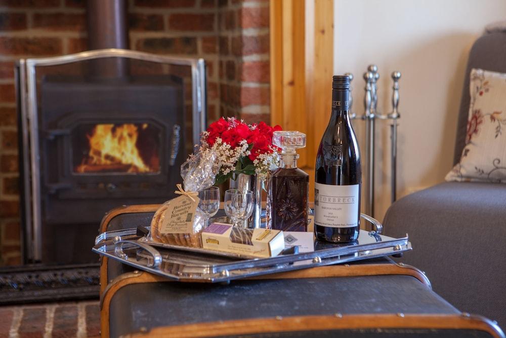 스톤웰 카티지스 앤드 빈야즈(Stonewell Cottages & Vineyards) Hotel Image 44 - In-Room Amenity