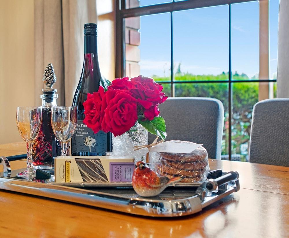스톤웰 카티지스 앤드 빈야즈(Stonewell Cottages & Vineyards) Hotel Image 45 - In-Room Amenity