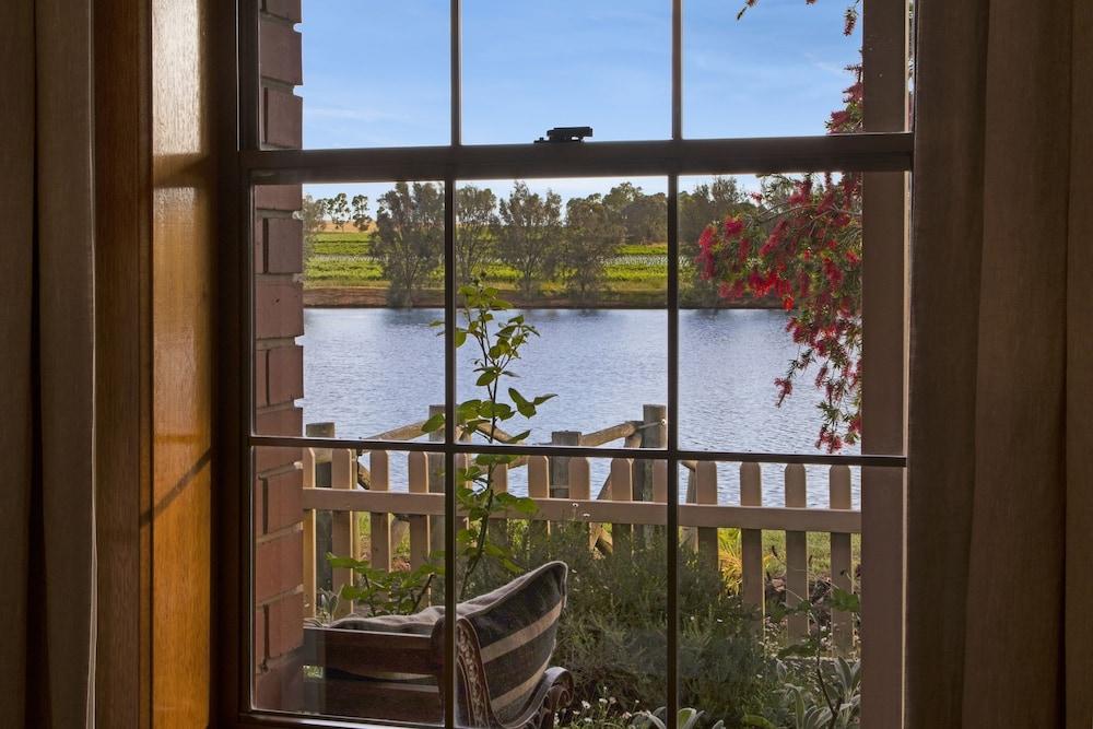 스톤웰 카티지스 앤드 빈야즈(Stonewell Cottages & Vineyards) Hotel Image 58 - Guestroom View