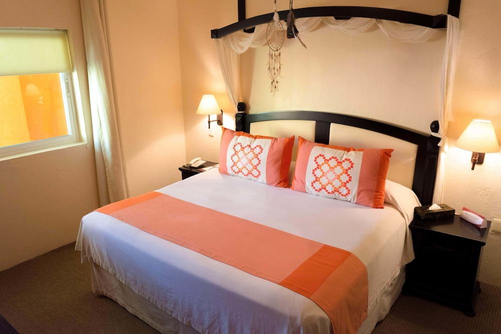 엘 찬테 스파 호텔(El Chante Spa Hotel) Hotel Image 24 - Guestroom