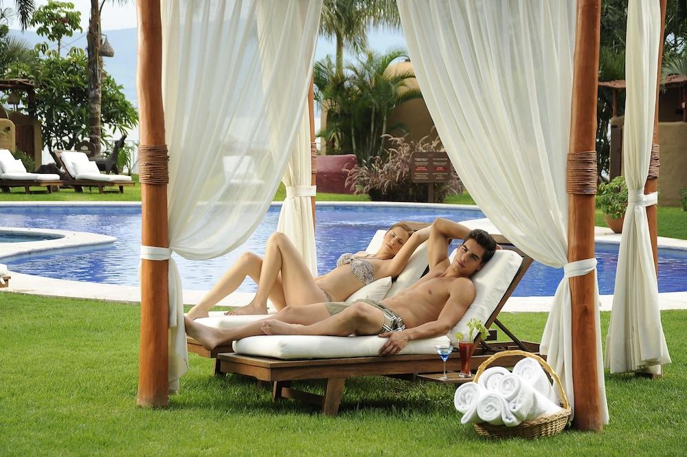 엘 찬테 스파 호텔(El Chante Spa Hotel) Hotel Image 29 - Outdoor Pool