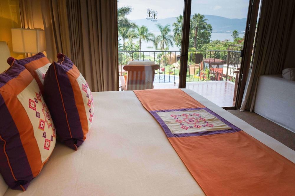 엘 찬테 스파 호텔(El Chante Spa Hotel) Hotel Image 7 - Guestroom