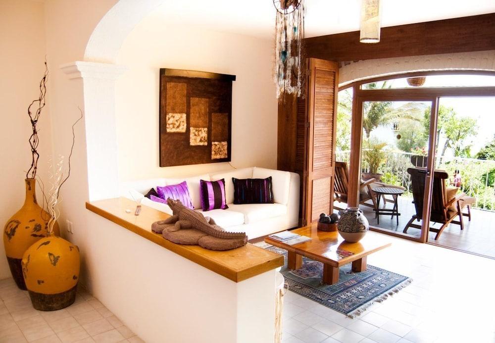 엘 찬테 스파 호텔(El Chante Spa Hotel) Hotel Image 8 - Guestroom