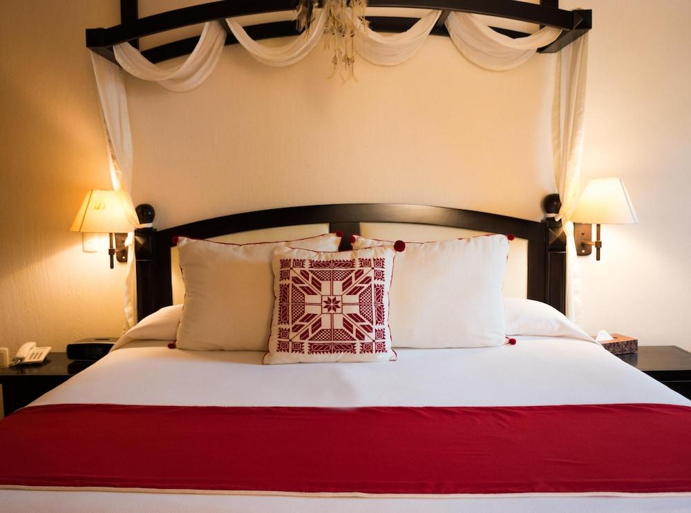 엘 찬테 스파 호텔(El Chante Spa Hotel) Hotel Image 9 - Guestroom