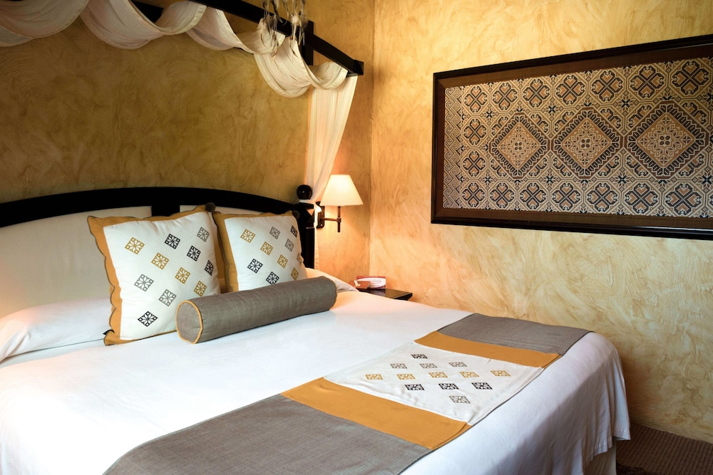 엘 찬테 스파 호텔(El Chante Spa Hotel) Hotel Image 17 - Guestroom