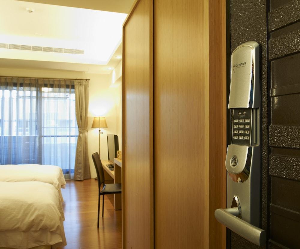 마스터 호텔(Master Hotel) Hotel Image 22 - 객실 내 편의 시설