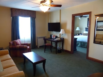 Deluxe Room, 1 Queen Bed with Sofa bed, Non Smoking