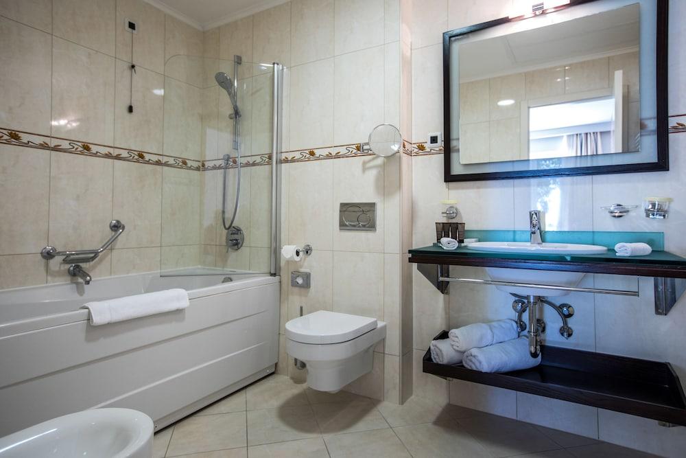 호텔 아리스톤(Hotel Ariston) Hotel Image 24 - Bathroom