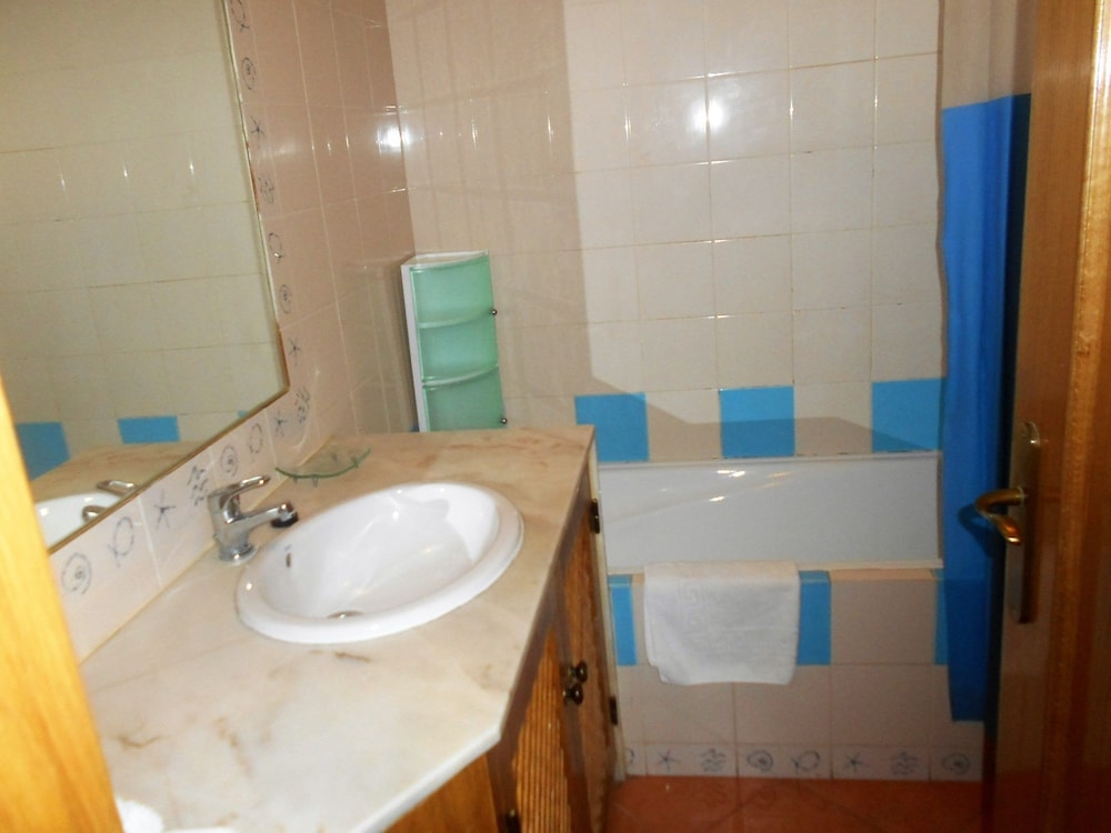 타비라 가든(Tavira Garden) Hotel Image 46 - Bathroom