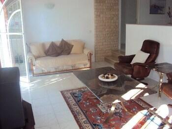 타비라 가든(Tavira Garden) Hotel Image 25 - Living Area