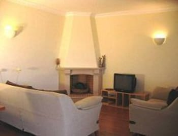 타비라 가든(Tavira Garden) Hotel Image 29 - Living Room