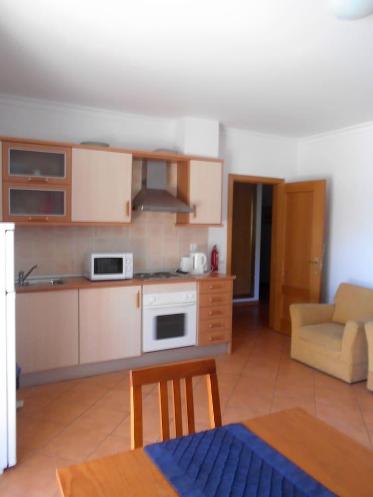 타비라 가든(Tavira Garden) Hotel Image 22 - In-Room Kitchenette