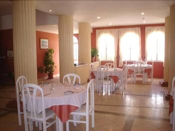 타비라 가든(Tavira Garden) Hotel Image 57 - Restaurant