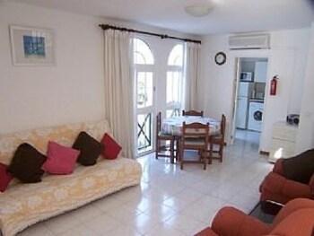 타비라 가든(Tavira Garden) Hotel Image 28 - Living Room
