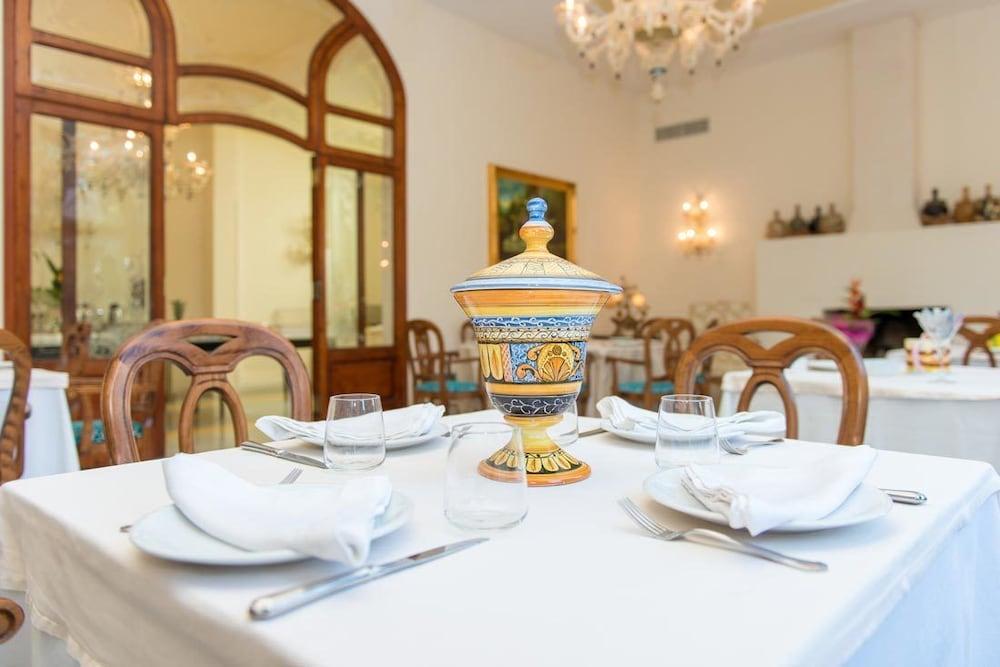 그랜드 호텔 디 레세(Grand Hotel di Lecce) Hotel Image 20 - Breakfast Area
