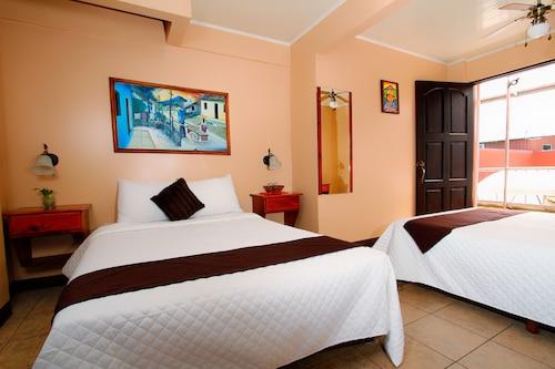Hotel Las Colinas, San Carlos
