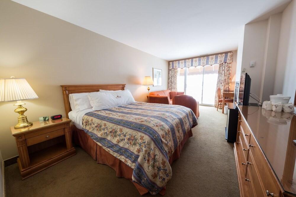 호텔 & 스파 에뚜알 수르 르 락(Hotel & Spa Etoile-sur-le-Lac) Hotel Image 13 - Guestroom