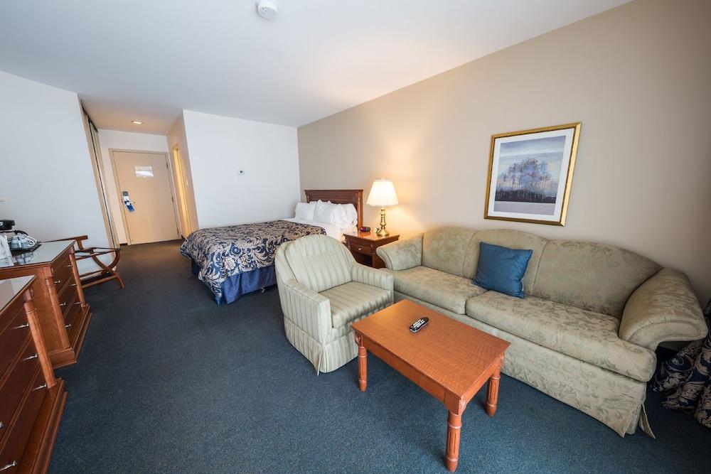 호텔 & 스파 에뚜알 수르 르 락(Hotel & Spa Etoile-sur-le-Lac) Hotel Image 12 - Guestroom
