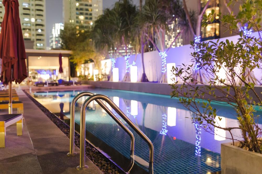 파크 플라자 방콕 소이 18(Park Plaza Bangkok Soi 18) Hotel Image 17 - Rooftop Pool
