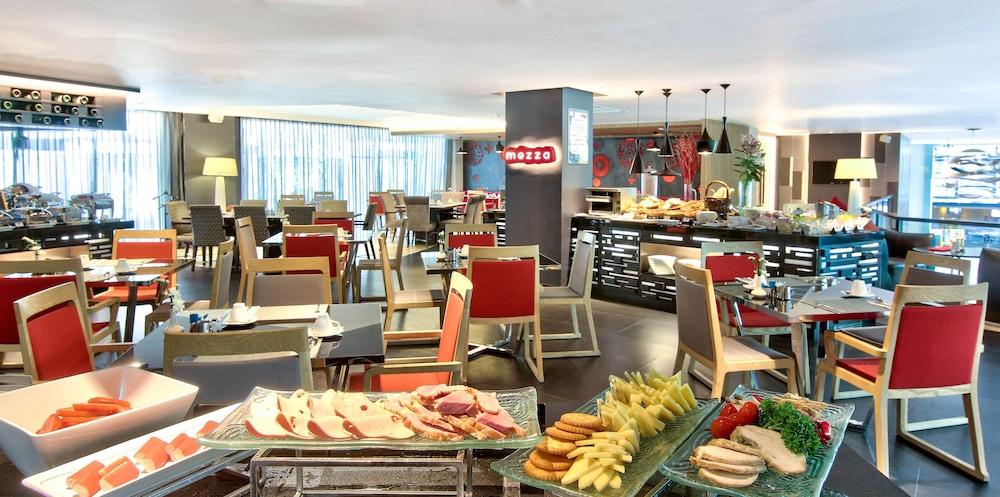 파크 플라자 방콕 소이 18(Park Plaza Bangkok Soi 18) Hotel Image 25 - Breakfast Area